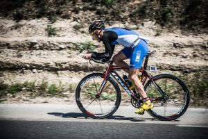 anthony_landreau_triathlon_vitrolles_velo_dos